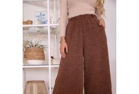 Последние тенденции в выборе женских брюк