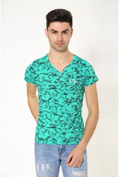 Повседневная мужская футболка зеленого цвета 119R034