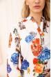 Летняя блузка женская из вискозы с цветами цвет Белый 172R806 скидка